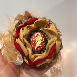 Other - Stunning Baby Christmas Headband in Tan and Red!